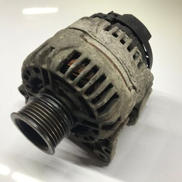 99-05 Volkswagen Jetta Golf Gti Beetle 2.0L 90 Amp Alternator 028 903 028 D