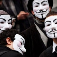 7 Weapons V for Vendetta Masks Costume