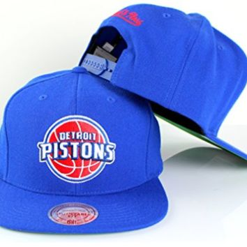 Detroit Pistons NBA Mitchell & Ness Team Logo Solid Wool Adjustable Snapback Hat in Blue