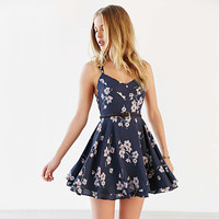 Floral Printed Spaghetti Strap Criss Cross Strappy Back Mini Dress