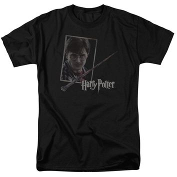 Harry Potter - Harry's Wand Portrait Short Sleeve Adult 18/1