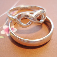 Infinity ring, set of two sterling silver rings...Engrave any message in His and Hers,  couple ring,  lovers, promise ring