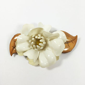 Large Gardenia Brooch Vintage 1960s Lucite White Flower Blossom Pin Brown Leaves Plastic Floral Corsage