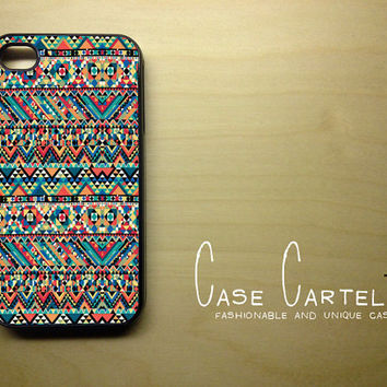 Apple iPhone 4 4G 4S 3D Printed Matte  Case Skin Cover Unique Camo Aztec Pattern Design Available in Black or White Hard Case.