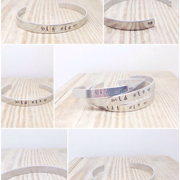 Big Sis | Mid Sis | Lil Sis | Personalized Bangles | Floral Design | Secret Message Bracelet | Sisters Gift By Glam and Co