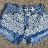 Levis Lace shorts,High waisted lace denim shorts,high rise jeans shorts,lace frayed denim shorts by Jeansonly