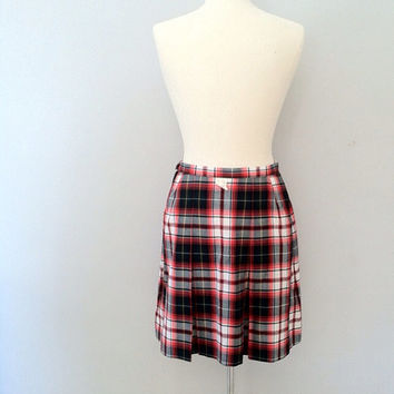 Vintage school girl skirt / 1960s uniform skirt / vintage pleated plaid skirt