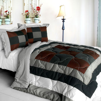 Mild Cecilia Quilted Patchwork Down Alternative Comforter Set in Full/Queen Size