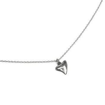Sterling Silver Shark tooth Necklace, Nautical Ocean Necklace, Simple Everyday Charm Necklace