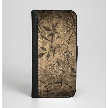 The Brown Aged Floral Pattern Ink-Fuzed Leather Folding Wallet Case for the iPhone 6/6s, 6/6s Plus, 5/5s and 5c
