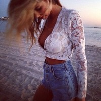 LookbookStore Fashion White V-neckline Long Sleeves Lace Women's Crop Top