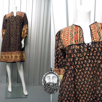 Vintage 70s INDIAN COTTON Black Quilted Ethnic Hippy Dress 1970s Boho Paisley Print Made in India Gypsy Bell Dress Bohemian
