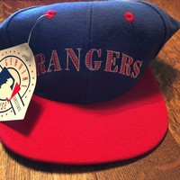 Texas Rangers MLB Licensed Baseball 6 7/8 Fitted Cap Signatures NWT