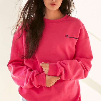 Champion + UO Mini Logo Crew-Neck Sweatshirt | Urban Outfitters