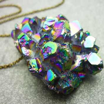 Titanium Quartz Rainbow Crystal Druzy Geode Necklace - ICEBERG