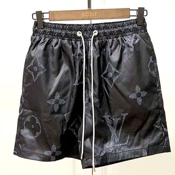 LV street fashion men and women classic letter print loose shorts Black