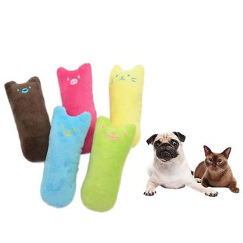 High Quality Cute Interactive Fancy Pets Teeth Grinding Catnip Toys Claws Thumb Bite Cat Mint Scratcher For Cats
