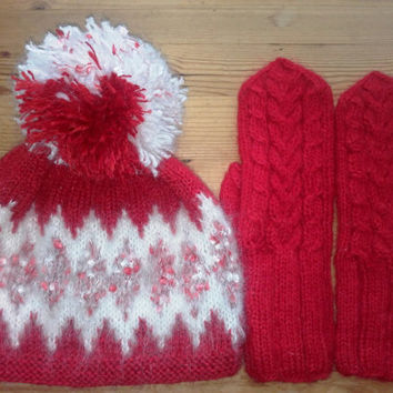 Fair Isle Wool Hat Set, womens gift, Womens winter Accessories, Gift For Her, Hat and Gloves Set, Winter Woolies, Wool Pattern, Wool