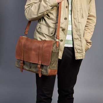 Canvas messenger bag. Leather messenger bag. Laptop canvas bag. Mens waxed canvas crossbody bag.
