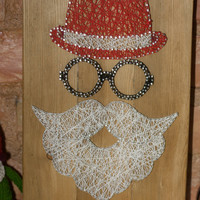 Unique Christmas decoration Santa Claus string art, modern wall decor and key holder for your home, great gift for your loved ones