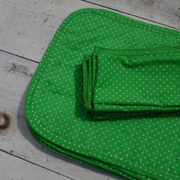 FREE SHIPPING - Polka Dot Napkins and Placemats/Vintage Napkins/Vintage Placemats/Cloth Placemats/Cloth Napkins/Green Placemats and Napkins