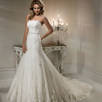 2012 Maggie Sottero Bridal Ivory Lace From Unique Vintage
