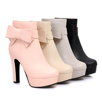 Sweet bow high heeled boots