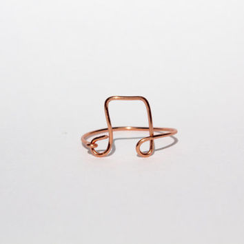 Rose Gold Music Note Wire Ring