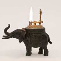 Working 1930s Elephant Lift Arm Table Lighter