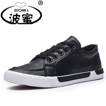 New Fashion Shoes Men Brand Soft Leather Men's Casual Shoes Male Classic Black White Shoes K017