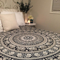 Hot fashion Indian Tapestry Wall Hanging Hippie Elephant Mandala Bedspread Ethnic Throw Art Mat
