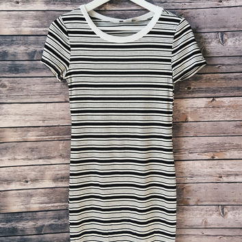Striped Ribbed Ringer Tee Dress (Black)