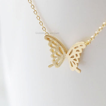 Gold Butter Fly Necklace, dainty butter fly necklace, necklaces for women, wedding gifts, bridesmaid gifts