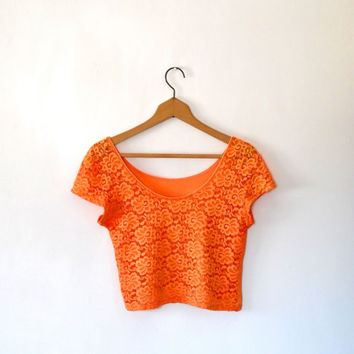 Orange lace floral top. tangerine. pretty. cap sleeve. scoop neck. short sleeve. lace tshirt. vintage. 70s. cotton. summer. lace crop top