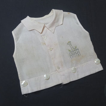 Vintage 1940s Boys' Ivory Faile Short Suit Top with Giraffe Embroidery Detail, NO Shorts, Vintage Children Clothing, 1940s Boys' Fashion