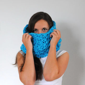 Blue Chunky Infinity Scarf, Turquoise Knit Scarf, Chunky Neckwarmer, Chunky Knit Infinity Scarf