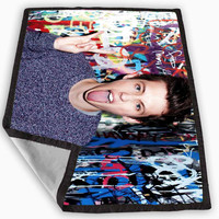Troye Sivan tongue out Blanket for Kids Blanket, Fleece Blanket Cute and Awesome Blanket for your bedding, Blanket fleece **