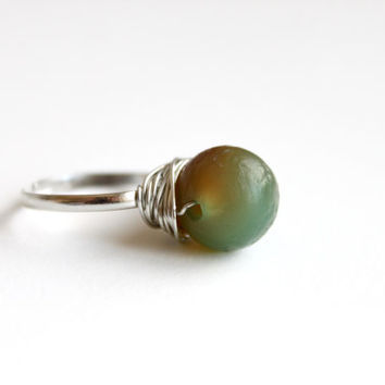 Handmade Wire Wrap Ring with Green Caramel Agate Gemstone. Bohemian Gemstone Ring Silver Plated Wire. Nature Lover Ring. Gift for Her.