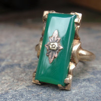 Vintage Chrysoprase 10k Ring victorian yellow gold