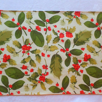 "Poinsettia Holly Fabric Placemat for Celebrations 17""x13"""