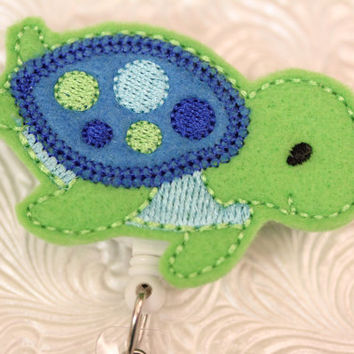 Super Cute turtle - badge reel - name badge holder - professional ID holder - felt badge reel - badge clip - name badge reel