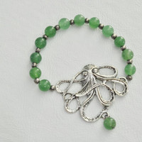 Octopus Spearmint Glass Beaded Strech Bracelet