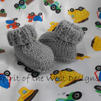 Knitting Pattern - Quick and Easy Baby Booties, Sizes newborn to 12 months, knit moccasin, Newborn booties, Baby Clothes, Baby accessories
