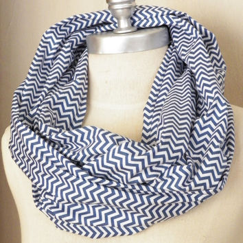 Infinity Scarf, Chevron Pattern, Denim Blue and White Cotton Fabric Loop Scarf, Zig Zag Print
