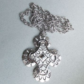Signed Crown TRIFARI Big Chunky Long Silver Tone Maltese Cross 1970's MOD Necklace