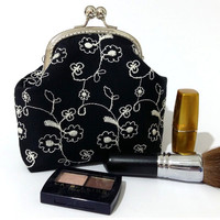 Cosmetic purse - Embroidered Black Kiss Lock Purse