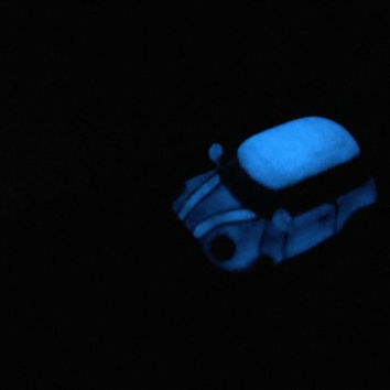 Luminous car,super small car,luxurious gift,mini car,drop of oil plus,Zircon lights,Adjustable ring for each finger,so cool,K&L design