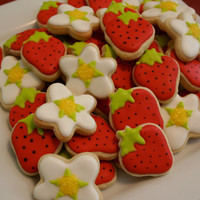 Strawberry Flower Mini cookies 3 dozen