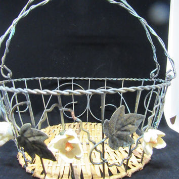 Wire Basket-Vintage Basket-Ceramic Flower Basket-Basket-Centerpiece-Table Decor-Gift-Storage-Home Decor-Country Decor-Victorian Decor-Unique
