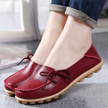 2016 New  Leather Women Flats Moccasins Loafers Wild Driving women Casual Shoes Leisure Concise Flat shoes In 15 Colors  ST179